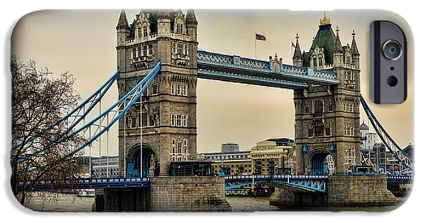 Tower Bridge On The River Thames IPhone 6s Case by Heather Applegate