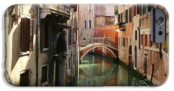 Venice Canal IPhone 6s Case by Ellen Henneke
