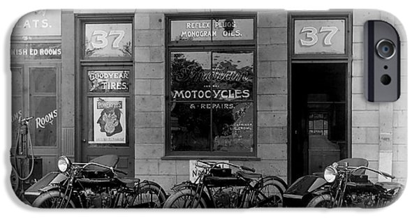 Vintage Motorcycle Dealership IPhone 6s Case by Jon Neidert