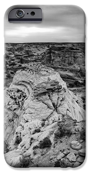 White House Overlook  Canyon De Chelly IPhone Case by Silvio Ligutti