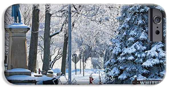 Whitehouse Village Park  7360 IPhone 6s Case by Jack Schultz