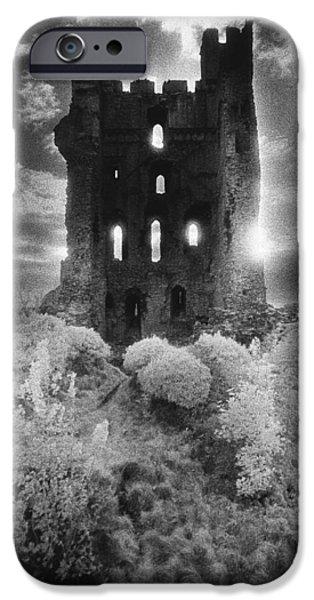 Helmsley Castle IPhone 6s Case by Simon Marsden