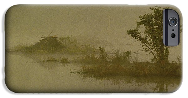 The Lodge In The Mist IPhone 6s Case by Skip Willits