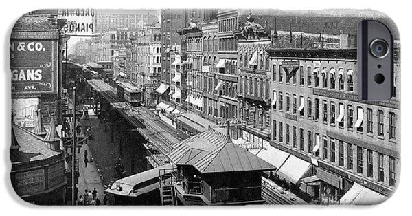 Chicago's Wabash Avenue  1907 IPhone Case by Daniel Hagerman