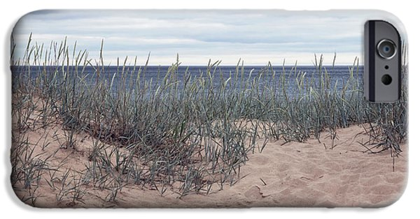 A Beach Day - Grant Park IPhone Case by Kim Hojnacki