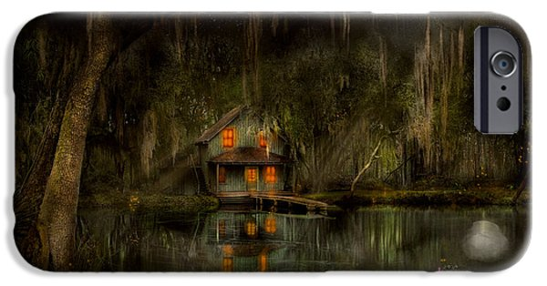 Cabin - De Land, Fl - Restless Night 1904 IPhone Case by Mike Savad