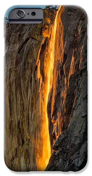 Firefall IPhone Case by Bill Gallagher