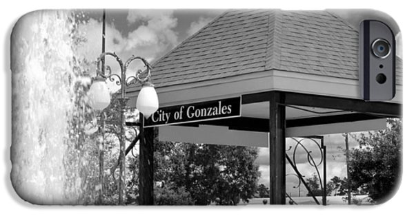 Gonzales La Jambalaya Park IPhone Case by D S Images