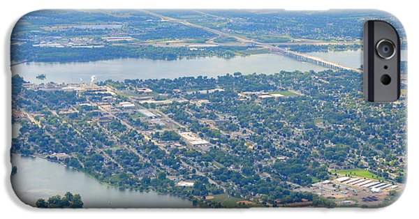 Menasha To West IPhone Case by Bill Lang