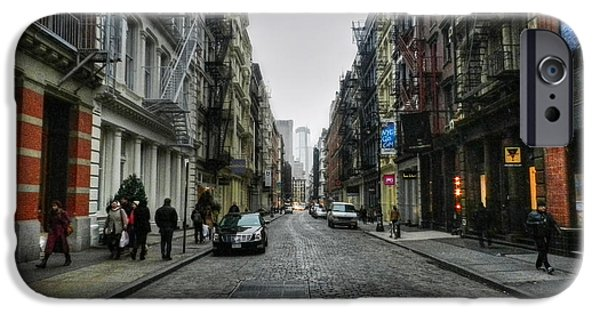 New York City - Soho 003 IPhone Case by Lance Vaughn