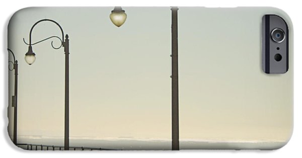 On The Pier IPhone 6s Case by Linda Woods