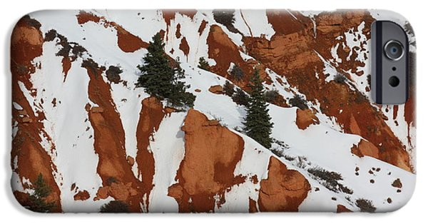 Red Rock Greenery IPhone Case by Brian Boyle