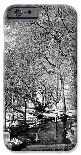 Reflection In Central Park IPhone 6s Case by John Rizzuto