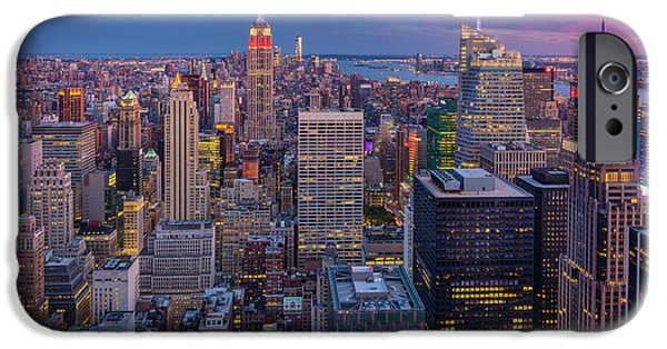 The City That Never Sleeps IPhone Case by Inge Johnsson