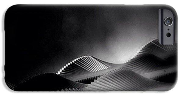 Waves Of Steel - Concrete Jungle IPhone 6s Case by Robbert Ter Weijden