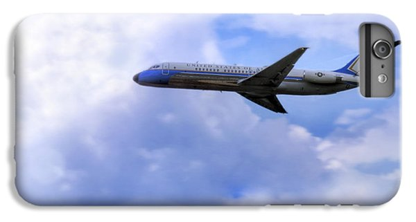 Air Force One - Mcdonnell Douglas - Dc-9 IPhone 6s Plus Case by Jason Politte