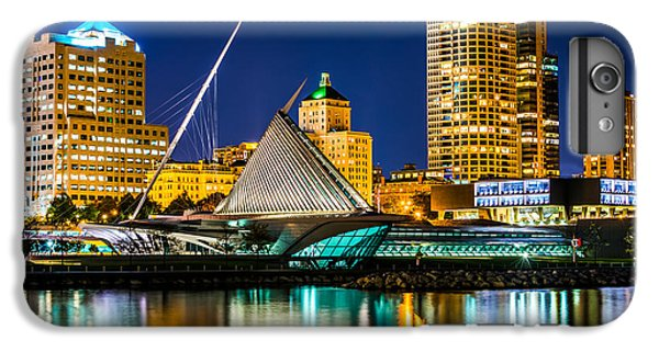 Picture Of Milwaukee Skyline At Night IPhone 6s Plus Case by Paul Velgos