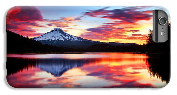 Sunrise On The Lake IPhone 6s Plus Case by Darren  White