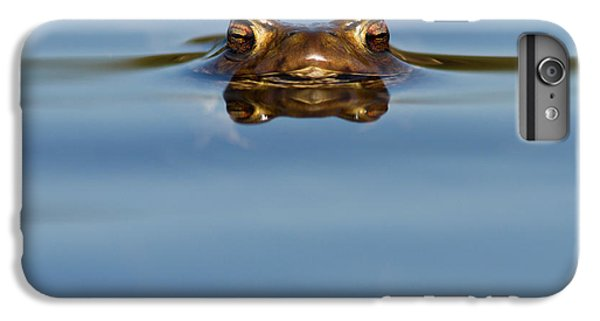 Reflections - Toad In A Lake IPhone 6s Plus Case by Roeselien Raimond