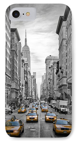 5th Avenue Yellow Cabs IPhone 7 Case by Melanie Viola