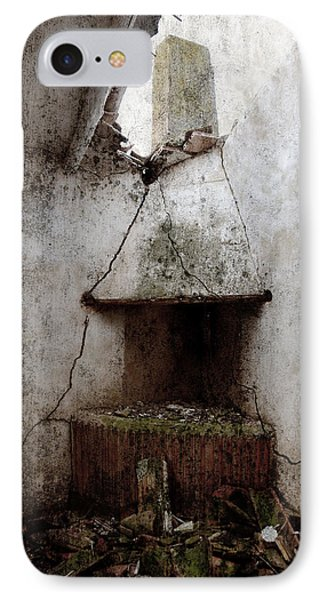 Abandoned Little House 2 Phone Case by RicardMN Photography