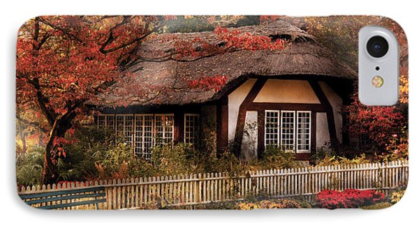 Cottage - Nana's House Phone Case by Mike Savad