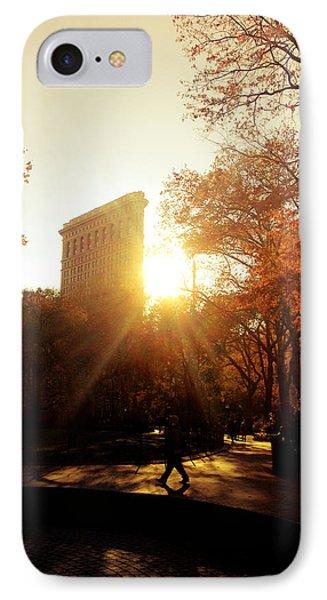 Flatiron Building Sunset - Madison Square Park Phone Case by Vivienne Gucwa