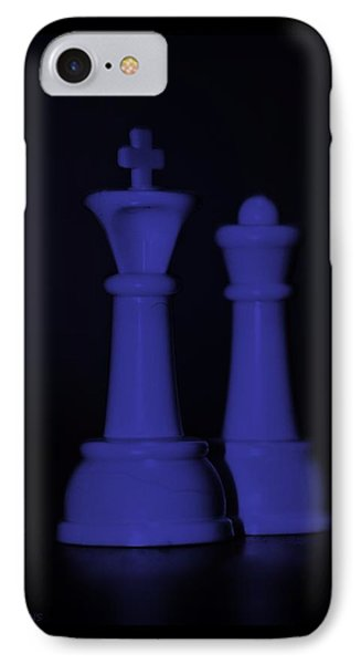 King And Queen In Purple Phone Case by Rob Hans