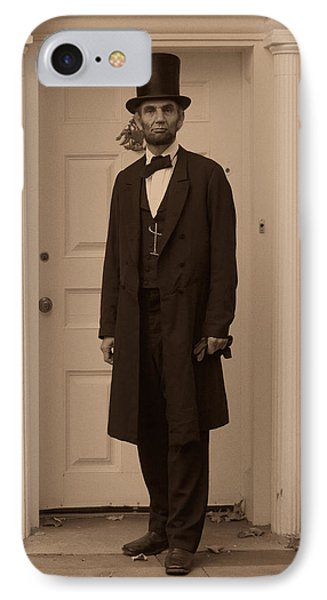 Lincoln Leaving A Building Phone Case by Ray Downing