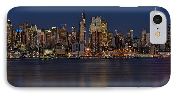 New York City Comes Alives At Sundown IPhone Case by Susan Candelario