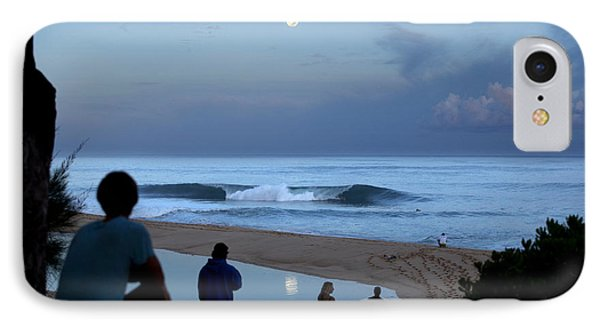 Pipeline Moonset IPhone Case by Sean Davey