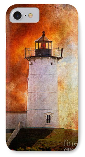 Red Sky At Morning - Nubble Lighthouse Phone Case by Lois Bryan