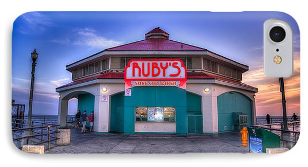 Ruby's Diner On The Pier Phone Case by Spencer McDonald