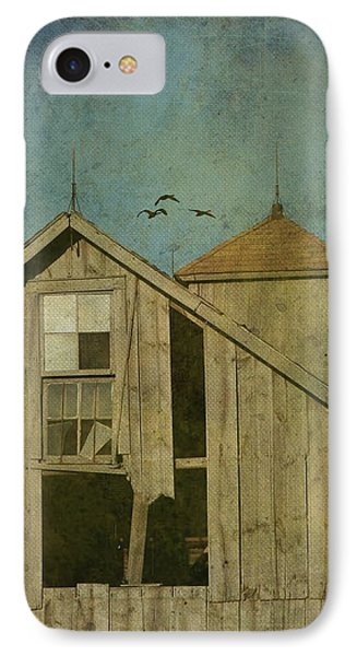 Rural Iowa Barn 5 Phone Case by Cassie Peters