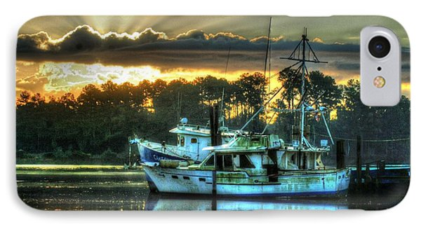 Sunrise At Billy's Phone Case by Michael Thomas
