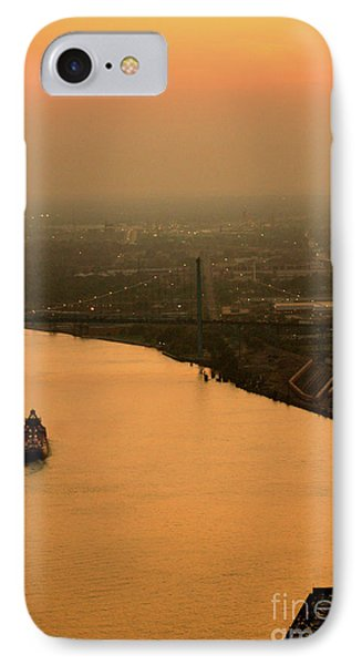 Sunset On The River Phone Case by Linda Shafer