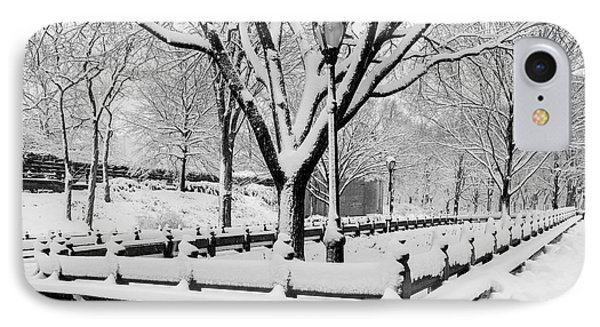 The Mall At Nyc Central Park IPhone Case by Susan Candelario