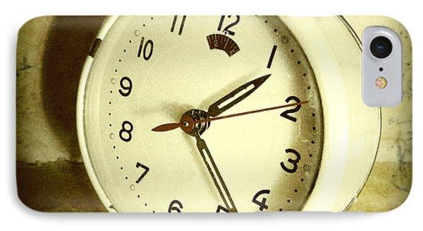 Vintage Clock Phone Case by Les Cunliffe