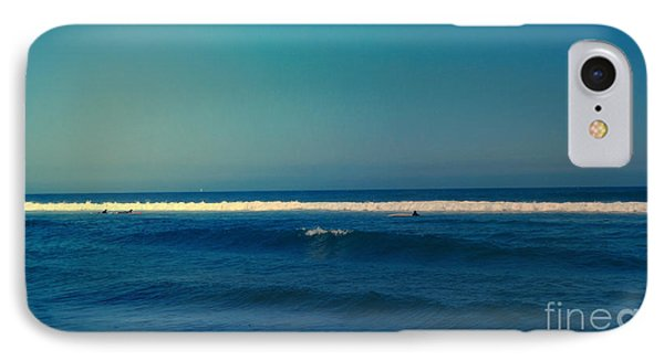 Waiting For The Perfect Wave Phone Case by Nina Prommer