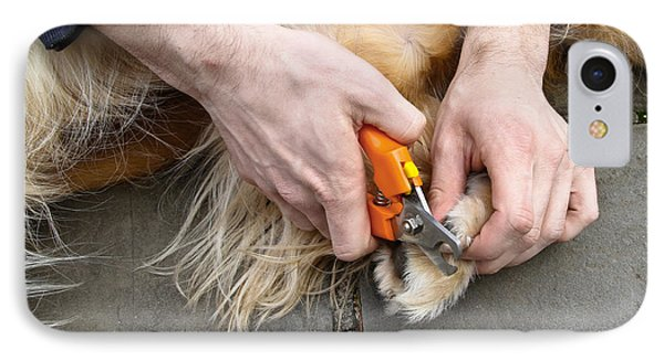 Dog Grooming Phone Case by Photo Researchers, Inc.