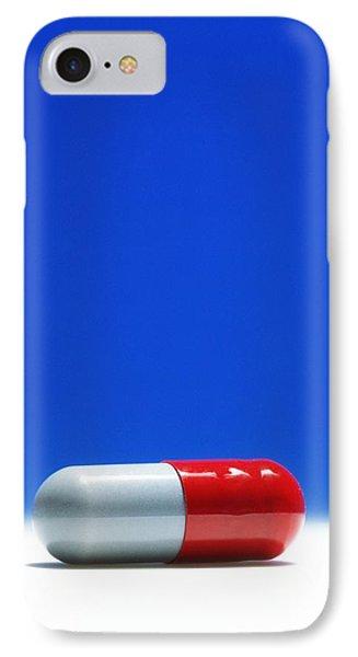 Capsule Of Broad-spectrum Antibiotic Drug Photograph by