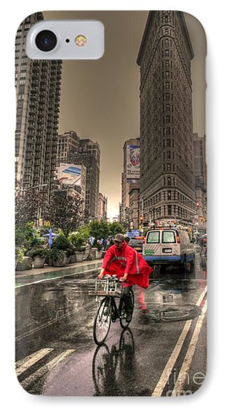 Flatiron In The Rain Phone Case by David Bearden