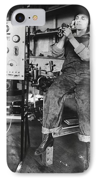 Mary Loomis, Radio School Operator Phone Case by Science Source