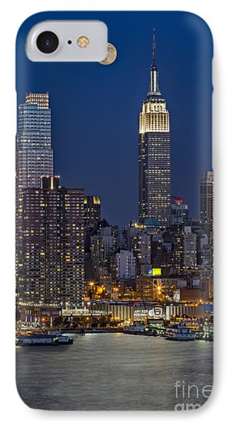 Moonrise Along The Empire State Building IPhone Case by Susan Candelario