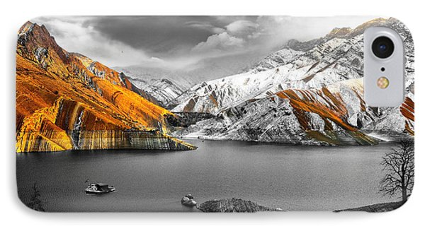 Mountains In The Valley 2 Phone Case by Sumit Mehndiratta