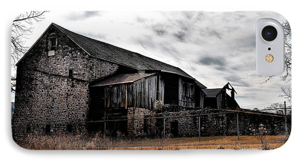 The Barn At Pawlings Farm Phone Case by Bill Cannon