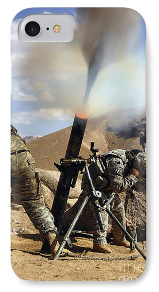 U.s. Army Soldiers Firing A 120mm Phone Case by Stocktrek Images