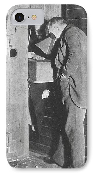 Edison Fluoroscope, 1896 IPhone Case by Science Source
