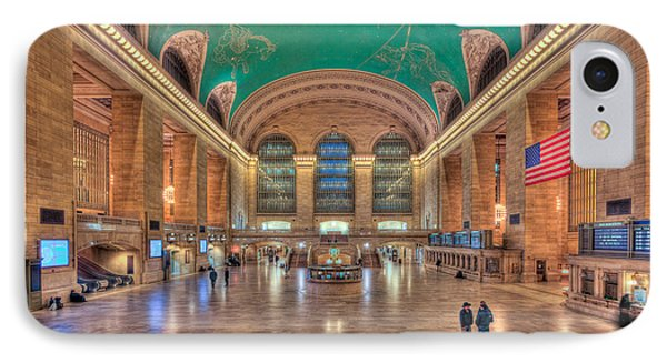 Grand Central Terminal V Phone Case by Clarence Holmes