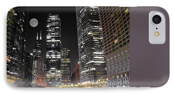 Panoramic Lakefront View In Chicago IPhone 7 Case by Frozen in Time Fine Art Photography